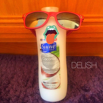 Photo of Suave Essentials Tropical Coconut Conditioner 30 oz uploaded by Megan H.