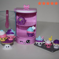 Shopkins(tm) Season 3 Food Fair - Cupcake Collection 8 Pack uploaded by Ashley H.