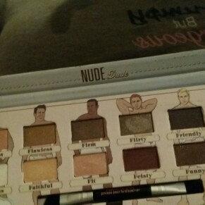 theBalm NUDE 'dude Eyeshadow Palette w/Twinbeauty Brush uploaded by Diana D.