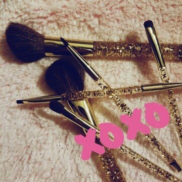 SEPHORA COLLECTION Sparkle & Shine Brush Set uploaded by Brittany E.
