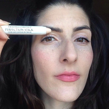 Amazing Cosmetics Perfection Stick Cover And Contour On The Go uploaded by Carra D.