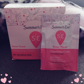 Photo of Summer's Eve Cleansing Cloths for Sensitive Skin uploaded by Lydia G.