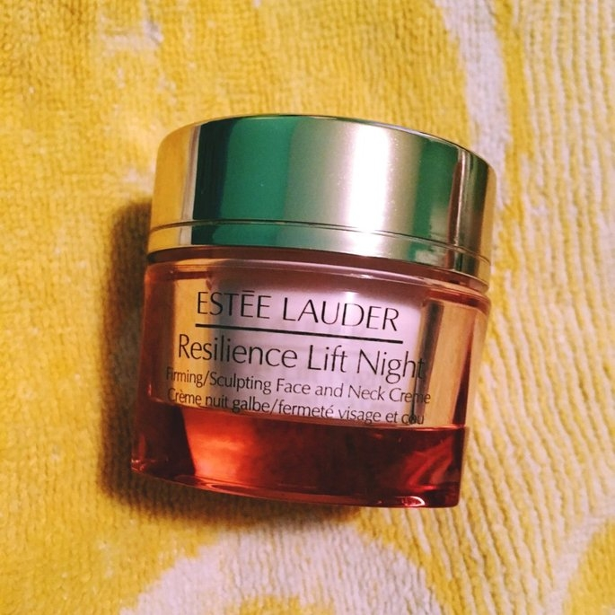 Estée Lauder Resilience Lift Firming/Sculpting Face & Neck Creme uploaded by Catia N.