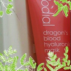 Rodial Skincare Dragons Blood Hyaluronic Mask uploaded by Dhara P.
