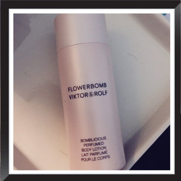 Photo of Viktor & Rolf Flowerbomb Bomblicious Perfumed Shower Gel uploaded by Veronica M.