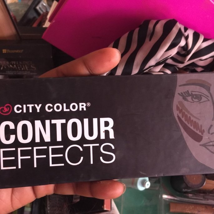 City Color Cosmetics Contour Effects Palette uploaded by Valincia R.