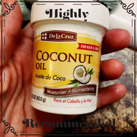 De La Cruz Products Inc De La Cruz Aceite De Coco Humectante Coconut 2.2 Ounce Jar uploaded by Paola R.