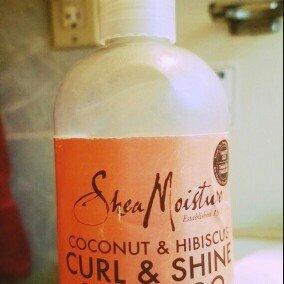 SheaMoisture Coconut & Hibiscus Curl & Shine Shampoo uploaded by Ilham S.