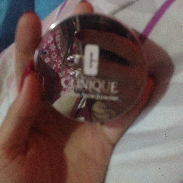 Clinique Blended Face Powder & Brush uploaded by Nicol L.