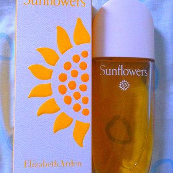 Photo of Elizabeth Arden Sunflowers Eau De Toilette Spray Naturel uploaded by Veronica C.