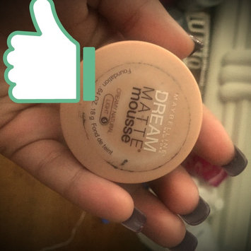 Photo of Maybelline Dream Matte Mousse Concealer Corrector uploaded by Monique D.