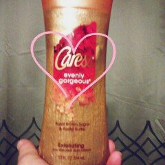 Caress® Evenly Gorgeous® Body Wash uploaded by Rhonda C.