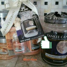 Yankee Candle Golden Sands Medium Jar Candle, Fresh Scent uploaded by Angelia P.