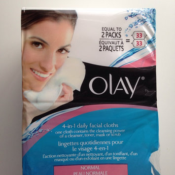 Photo of Olay Daily Facials Daily Clean 4-in-1 Water Activated Cleansing Cloths uploaded by Carla G.