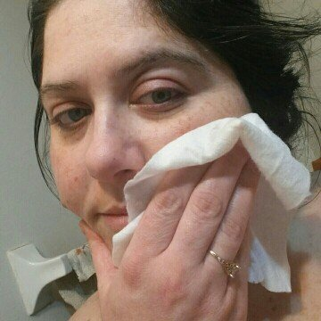 Aveeno Ultra Calming Makeup Removing Wipes uploaded by Catherine M.