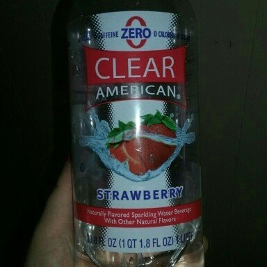 Sam's Choice Clear American Strawberry Sparkling Water, 33.8 fl oz uploaded by Nikki H.