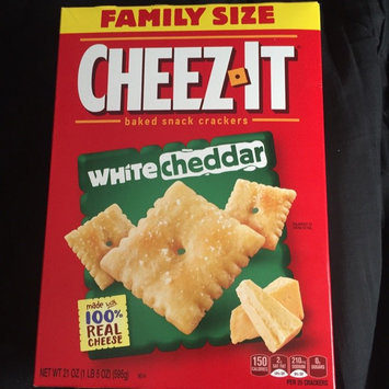 Sunshine Cheez-It Baked Snack Crackers White Cheddar uploaded by Daniel D.