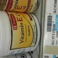 De La Cruz Vitamin E Cream 4 oz - Crema Con Vitamina E uploaded by Emmylee G.