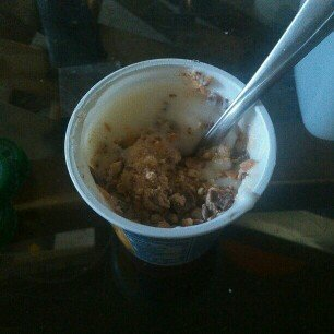 YoCrunch with Twix Vanilla Lowfat Yogurt uploaded by Amy B.