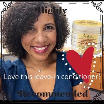SheaMoisture Strengthen, Grow & Restore Leave-In Conditioner, Jamaican Black Castor Oil, 16 oz uploaded by Angela P.