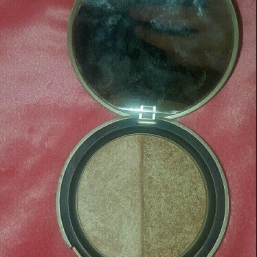 Too Faced Bronzer uploaded by Jaycee F.