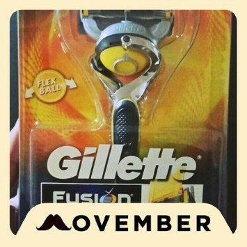 Gillette Fusion Proshield Chill Men's Razor With Flexball Handle And Razor Blade Refills uploaded by Karla T.
