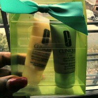 Clinique Sparkle & Glow Set for Combination Oily to Oily uploaded by La-Keysa H.