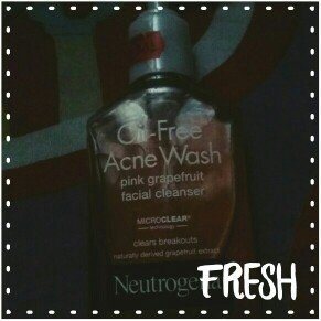 Neutrogena Oil-Free Pink Grapefruit Acne Wash Facial Cleanser uploaded by Damaris A.