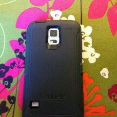 Photo of Otterbox Defender Cell Phone Case for Samsung Galaxy S5 - Black uploaded by Holly R.