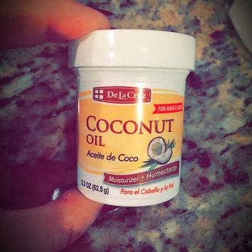 De La Cruz Products Inc De La Cruz Aceite De Coco Humectante Coconut 2 2  Ounce Jar