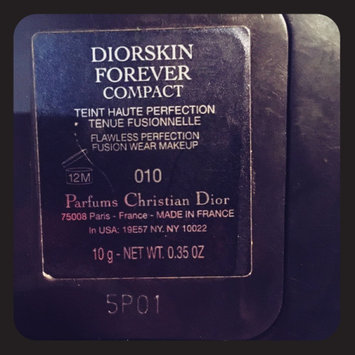 Photo of Dior Diorskin Forever Extreme Control Perfect Matte Powder Makeup uploaded by Christine K.