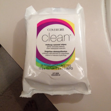 COVERGIRL Clean Makeup Remover Wipes uploaded by Sue L.