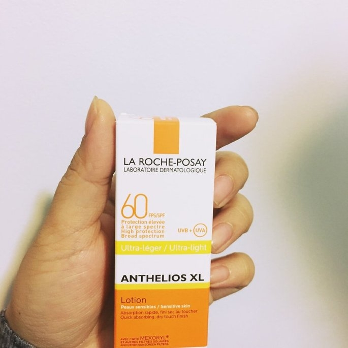 La Roche-Posay Anthelios 60 Ultra Light Sunscreen Fluid Extreme uploaded by Maria U.