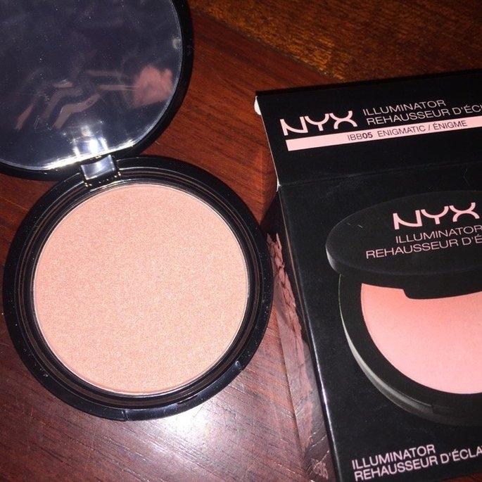 NYX Cosmetics Illuminator uploaded by tatiana g.