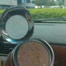 Photo of Physicians Formula Mineral Wear® Talc-Free Mineral Face Powder SPF 16 uploaded by Rossi C.