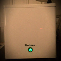 Holmes Ultrasonic Cube Humidifier- White uploaded by Lynnseyloveslashes  .