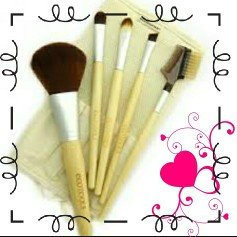 Photo of EcoTools 6 Piece Essential Eye Brush Set uploaded by Maggy P.