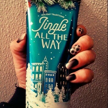 Bath & Body Works Jingle All The Way uploaded by Crystal Y.