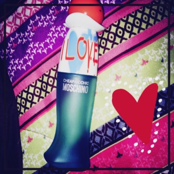 Moschino I Love Love Eau de Toilette Natural Spray for Women uploaded by leslie H.