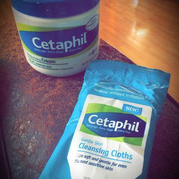 Cetaphil® Gentle Skin Cleansing Cloths uploaded by Yari R.