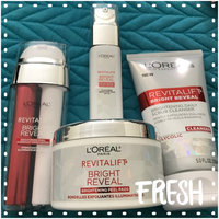 L'Oréal Paris RevitaLift® Bright Reveal Brightening Daily Peel Pads uploaded by Joanne S.