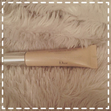 Dior skin Nude Skin Perfecting Hydrating Concealer uploaded by Ruth S.