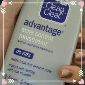 Clean & Clear Advantage Acne Control Moisturizer uploaded by cynthia p.