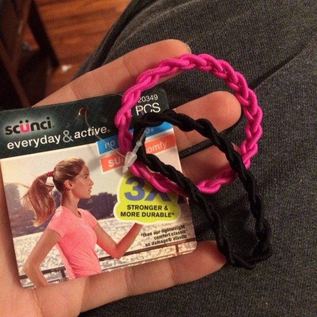Scunci Everday & Active No Damage Hair Elastics - 6 Count