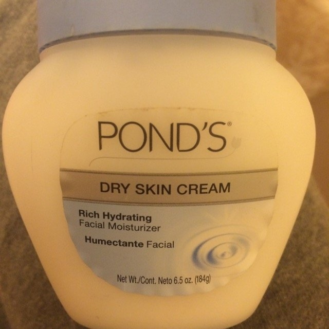 Pond's Dry Skin Cream uploaded by Brittney Q.