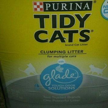 Photo of Purina Tidy Cats Clumping Cat Litter with Glade Tough Odor Solutions uploaded by tara p.
