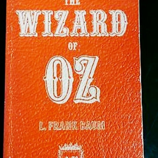 The Wizard of Oz (Paperback) uploaded by Alyssa S.