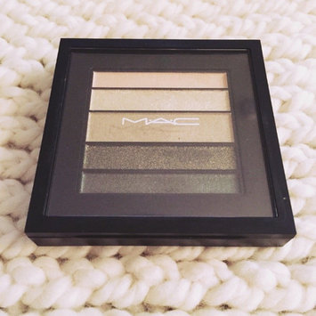 Photo of MAC Veluxe Pearlfusion Shadow uploaded by Caitlin F.