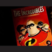 Disney The Incredibles (2 Discs) (Widescreen) (DVD) uploaded by Elsie R.