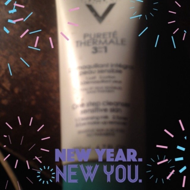 Vichy Laboratoires Purete Thermale One Step Cleanser 3 in 1 uploaded by Christine B.